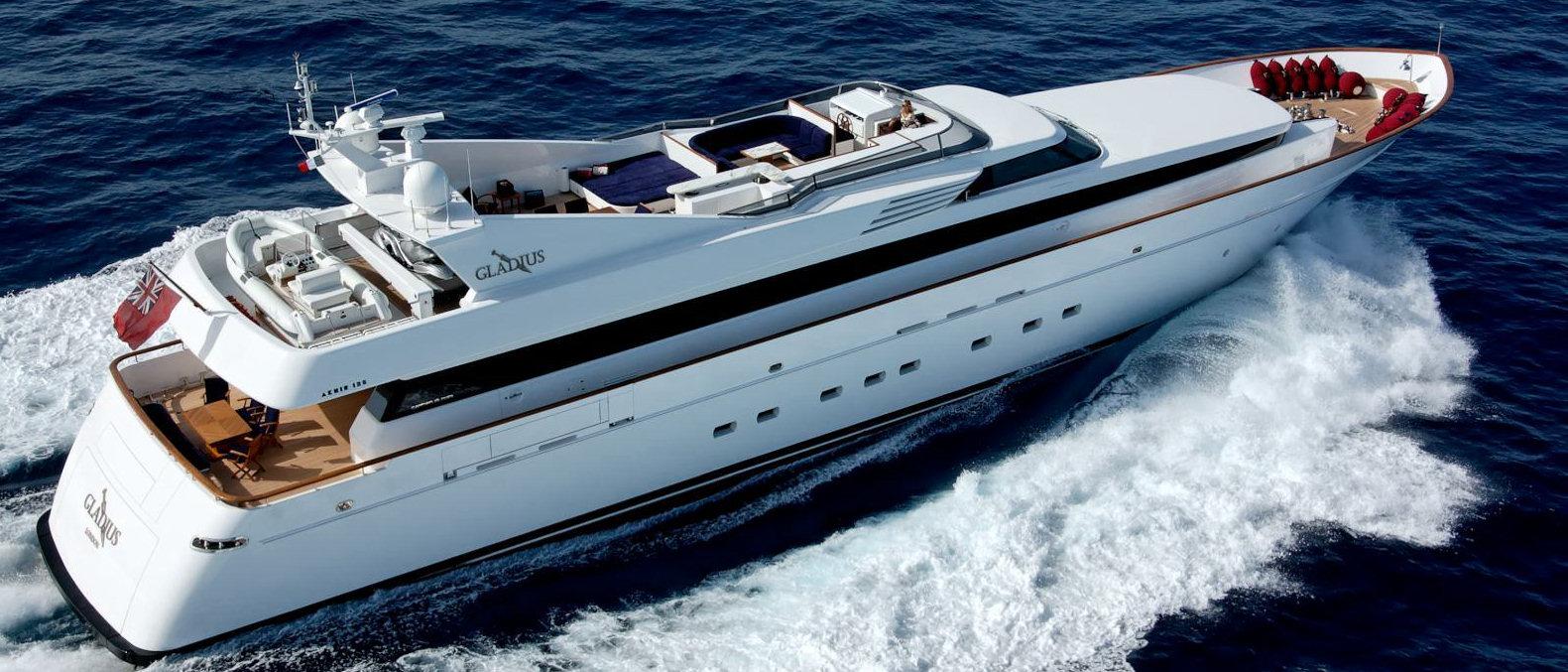 Yacht Gladius